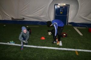 Tom-Eskil og Isak hadde egentrening i hallen.