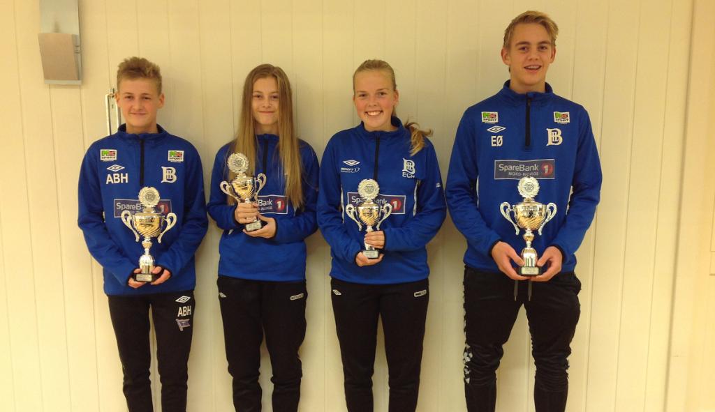 Kapteinene hos lagene: Andreas B. Hansten, Ragnhild Johnsen, Emma Haugen og Espen Øverås