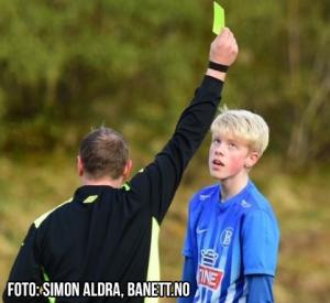 BILs playmaker Adrian Sandvik med et sjeldent kort for BIL.
