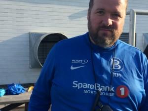 Damelagets trener Roger Haugen.